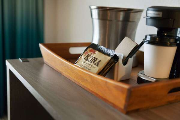 In-room fresh coffee!